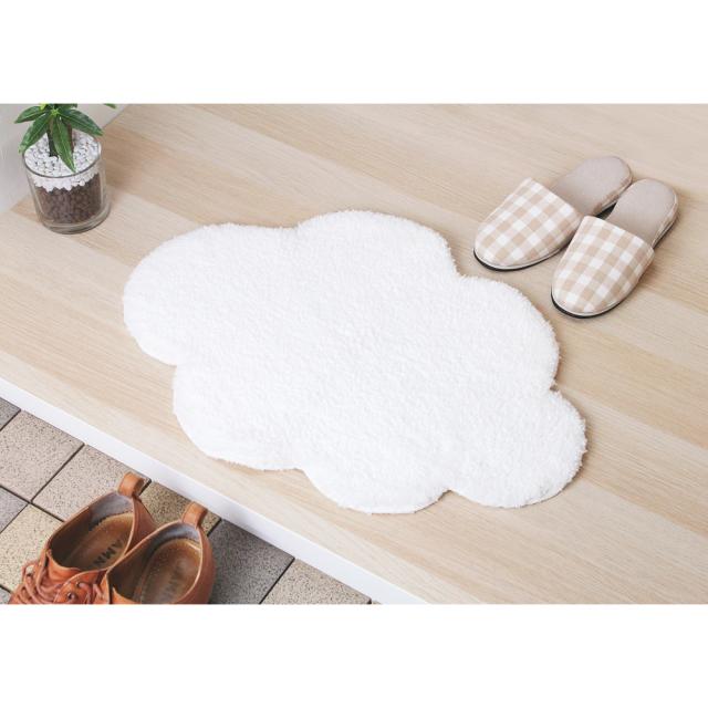 Cloudバスマット 雲型 &NE(アンドエヌイー) n.elephant(エヌエレファント) 使用風景