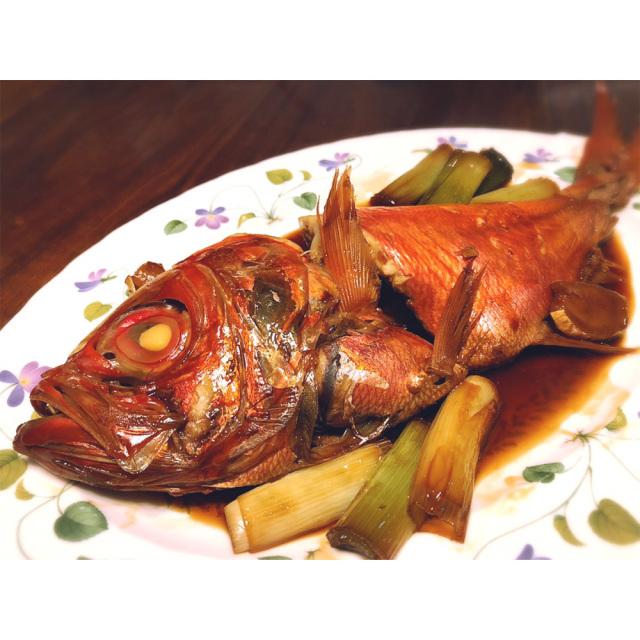 静岡県伊豆下田産 最高級地金目鯛とねぎの姿煮 調理例