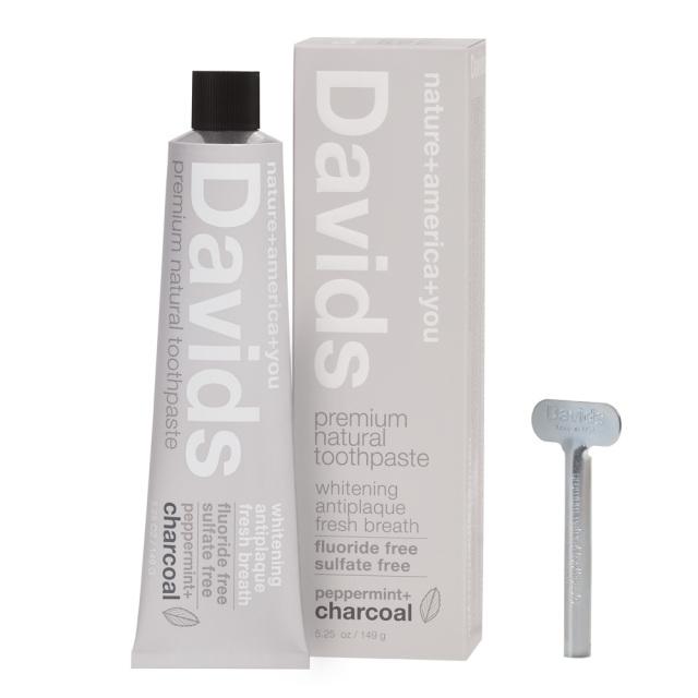 Davidsホワイトニング歯磨き粉 チャコール149g トゥースペースト