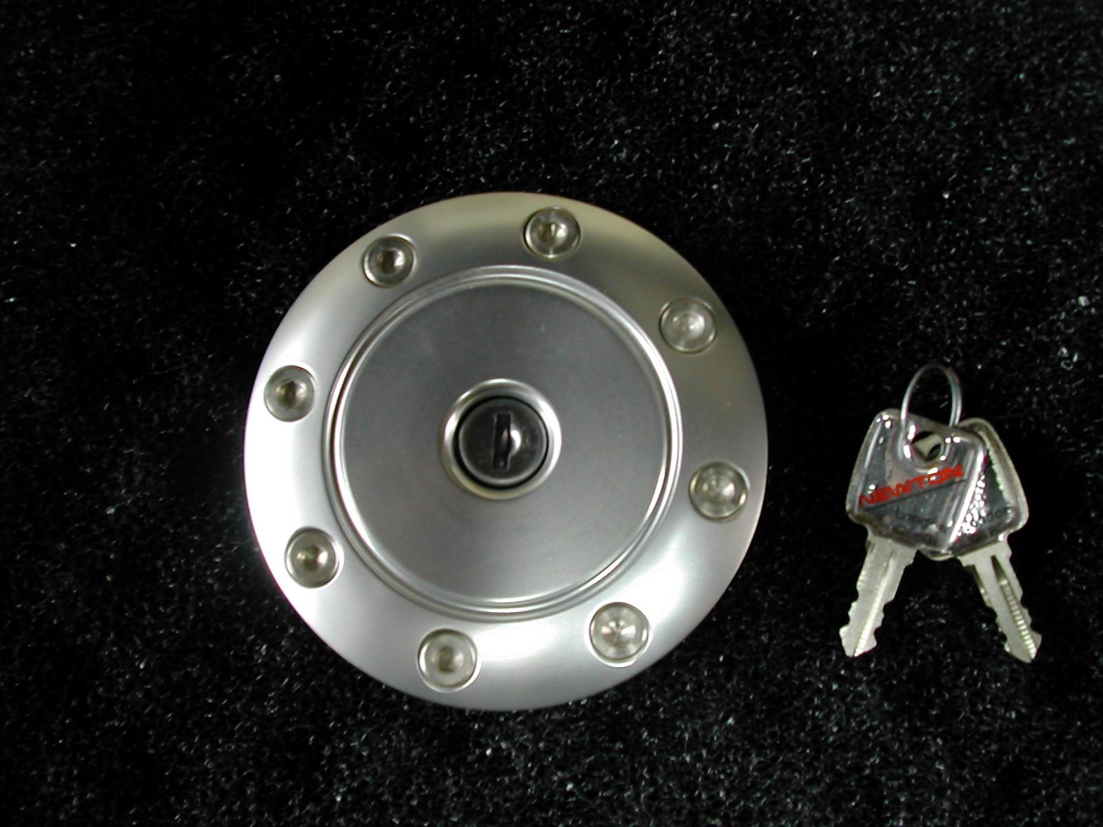 NEWTON プジョー 205用 タンクキャップコンプリートキット