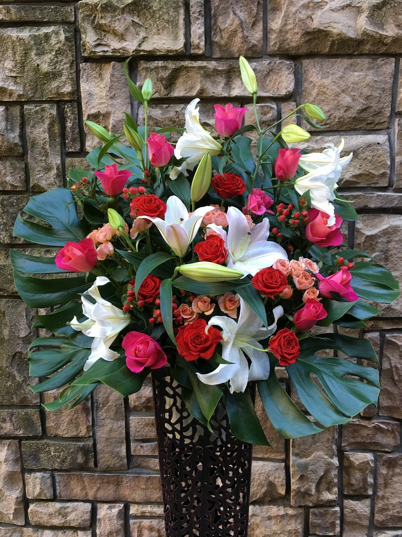 1267 RPバラ・Wユリ 高級ワイヤースタンド花