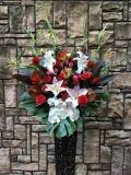 1263 Rバラ・W胡蝶蘭 高級ワイヤースタンド花