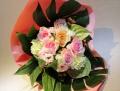 3281 歓送迎会に勧めパステルカラーの花束