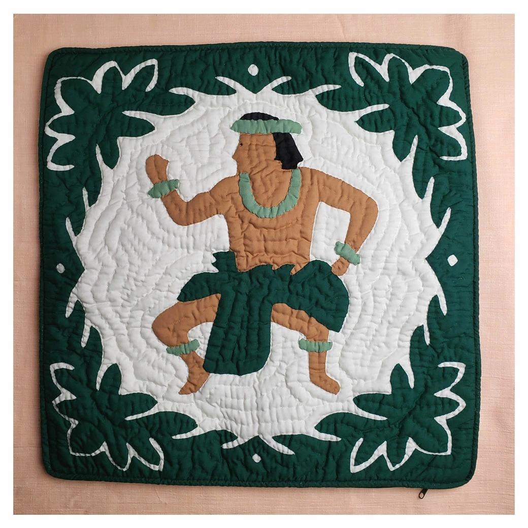 ハワイアンキルトグッズ クッションカバー フラ グリーン 46×46