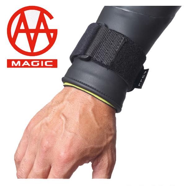 13fw-magic-strap1