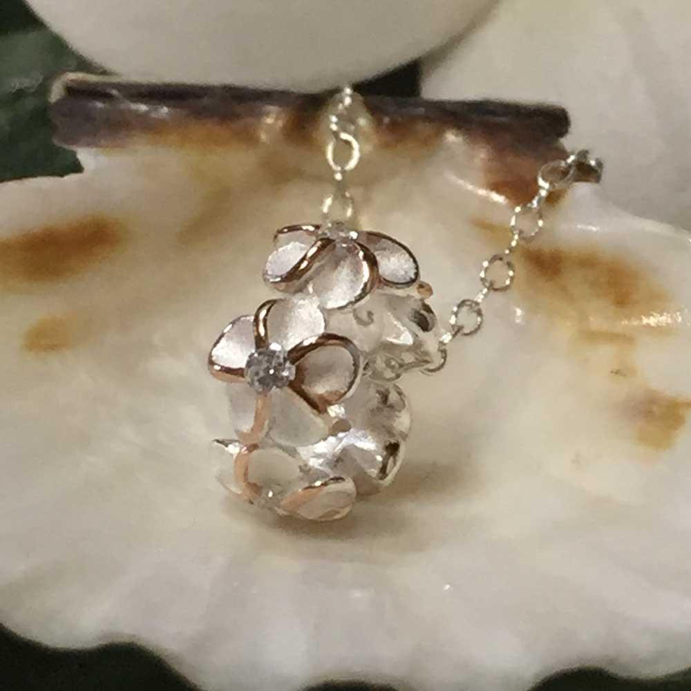 ハワイアンジュエリー チェーン付きペンダントネックレス 5プルメリアリング/Hawaiian Jewelry ジルコニア ハワイアンアクセサリー