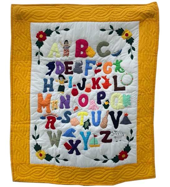 Hawaiian quilt ハワイアンキルトタペストリー アルファベット柄イエロー 130×105cm