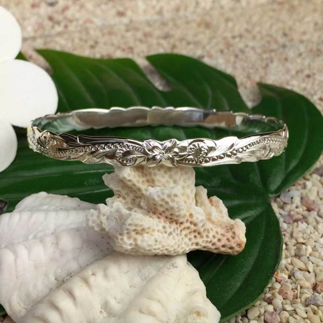 Hawaiianjewely ハワイアンジュエリー シルバーバングル「プルメリア&ウェーブ」幅細