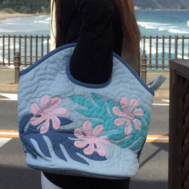 ハワイアンキルト Hawaiian Quilt  「ラウンドバッグ」