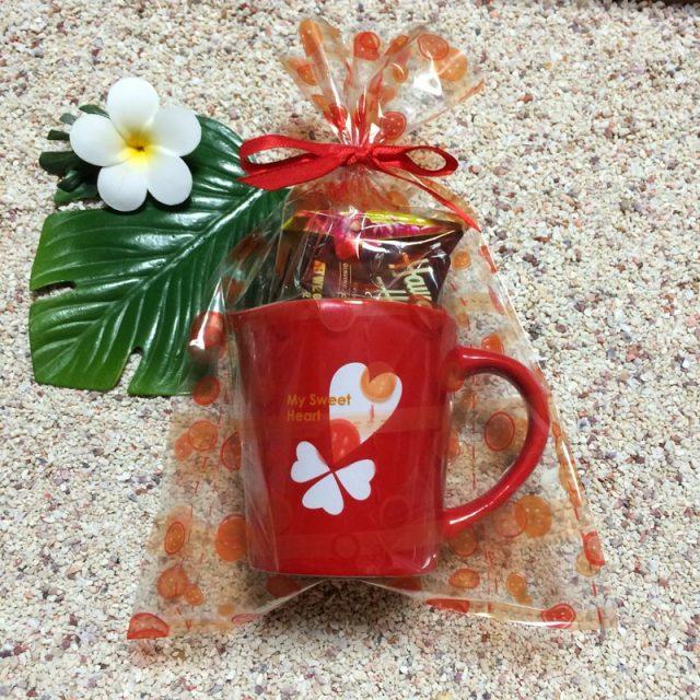 ハートプリントマグカップ×マカダミアンナッツチョコレートセット/バレンタイン ホワイトデープレゼント ギフト