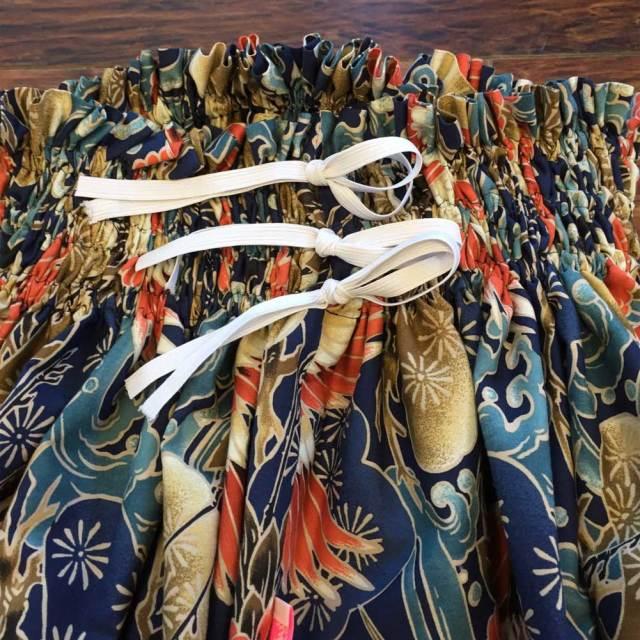 パウスカート シングル大人用 ネイビー 鶴×ウェーブ模様柄  ns492/フラダンス
