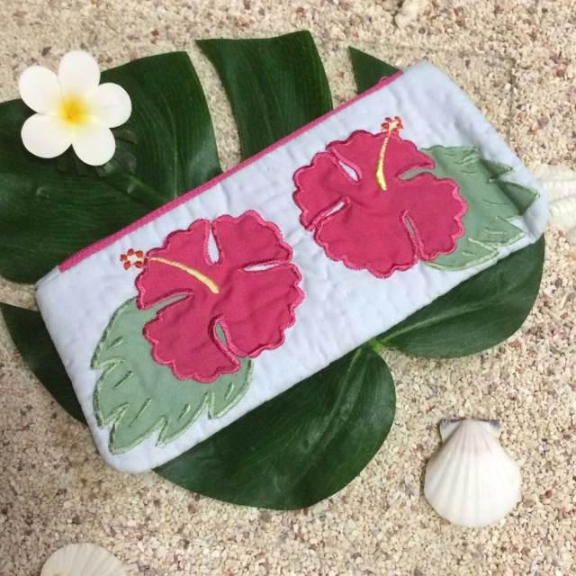 ハワイアンキルト Hawaiian Quilt ハイビスカス柄ペンケース /筆入れ 小物入れ ポーチ レディースバッグ ハワイアン雑貨