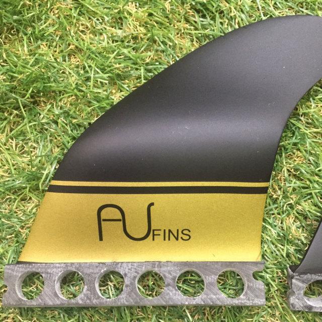 AU FIN エーユーフィン AU LR Thruster グラスフィン ブラック/ゴールド Full Base