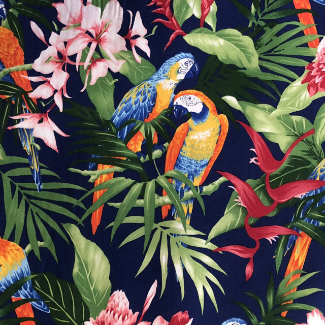ハワイアン生地 インコ&ヤシの葉 コットン ネイビー Parrot & Palm Leaves Navy Cotton TX-17-17