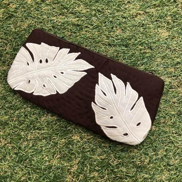 ハワイアンキルト Hawaiian Quilt リーフ柄ペンケース ブラウン