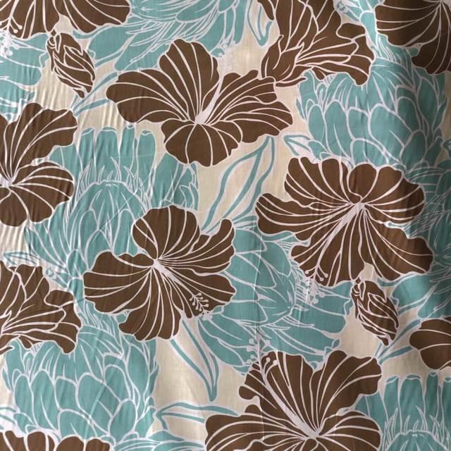 ハワイアン生地 ハイビスカス×プロティア クリームブラウン 花柄手芸用布