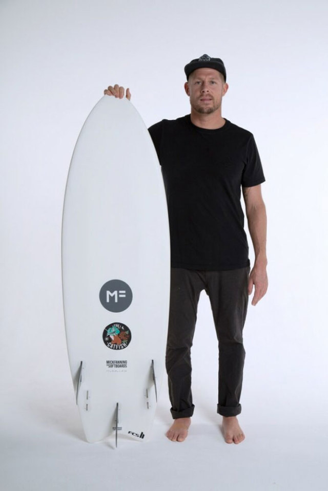 ミックファニングソフトボード キャットフィッシュ 5'8