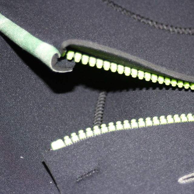 リップカール メンズウェットスーツ シーガル 3×2mm CHEST ZIP