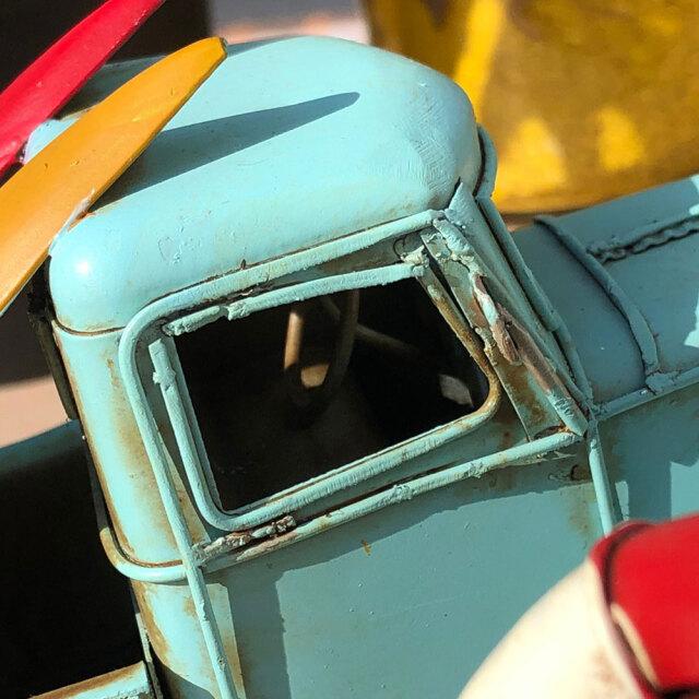 ブリキのおもちゃ ヴィンテージカー ノスタルジックデコ レトロ アンティーク風