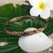 Hawaiianjewely ハワイアンジュエリー ピンクシルバーバングル「プルメリア&ウェーブ」幅細