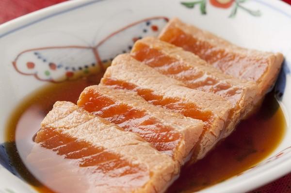 さしみ鮭時不知の丸亀づけ(醤油味) 100g TDU10