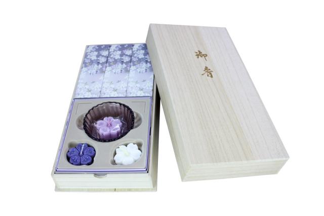 日本香堂 淡墨の桜 桐箱浮きローソクセット