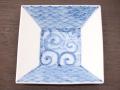 九谷焼 和陶房 3.5号角皿/小皿 豆皿/  染付青海波にタコ唐  辺10.5×高2.3cm