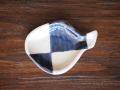 豆皿 ふぐ 染付市松 /小皿 豆皿 吉祥紋古典絵変り/九谷焼 和陶房/幅9×奥6.6×高1.2cm