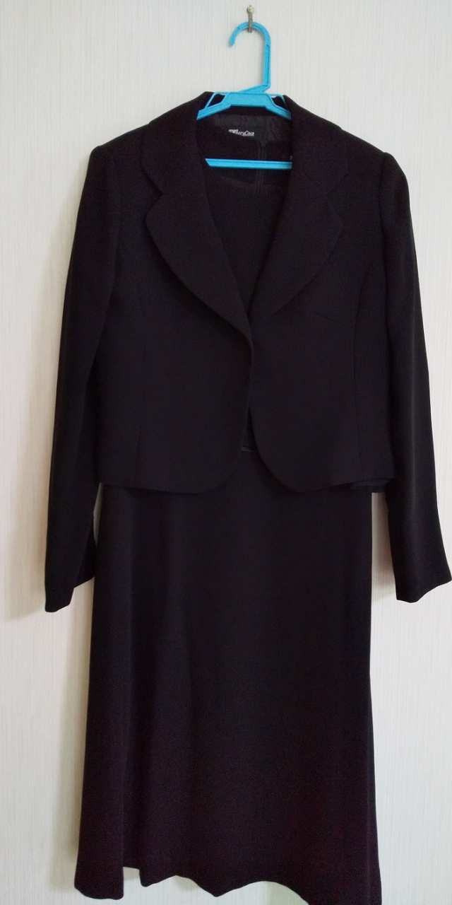 【ウリカイ】【ブラックフォーマル】mk-0108-uk11 ラウンディッシュテーラードスーツ[11号]