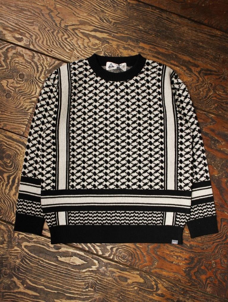 CHALLENGER    「MILITARY SCHMUGGE C/N SWEATER」  ウールセーター