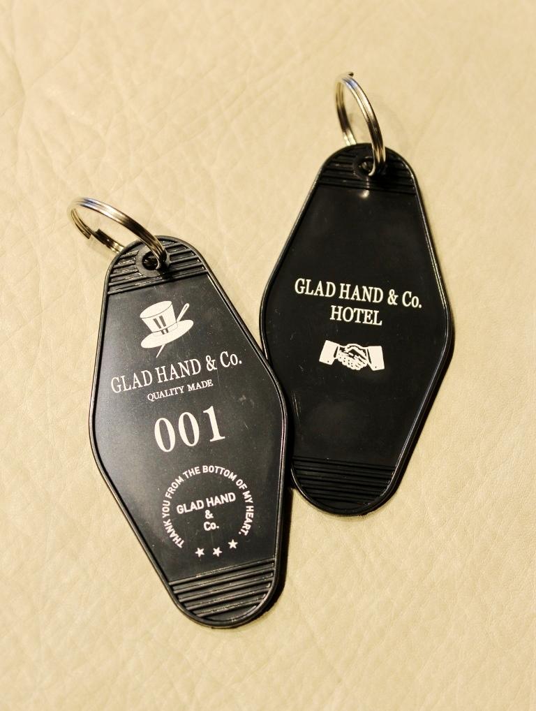 GLAD HAND  「GH HOTEL - KEY FOB」  ホテルキーホルダー