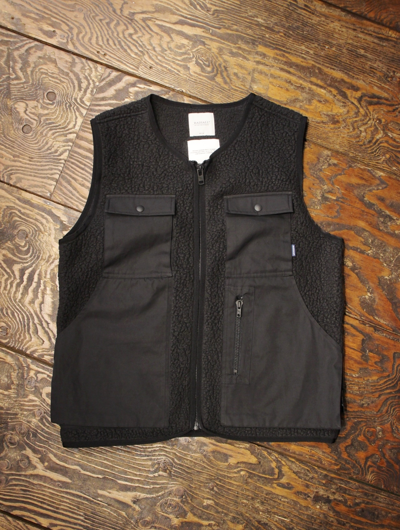 RADIALL   「SMOKEY CAMPER - FLEECE VEST」  フリースベスト