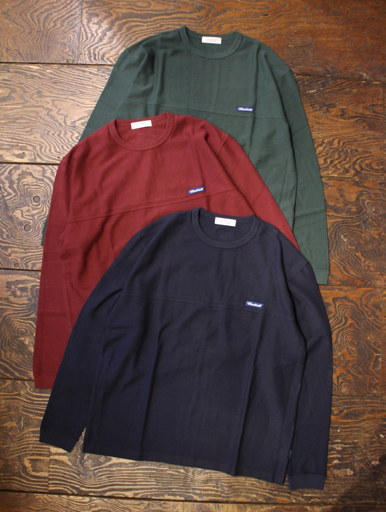 RADIALL    「FLAGS - CREW NECK T-SHIRT L/S」 フットボールティーシャツ