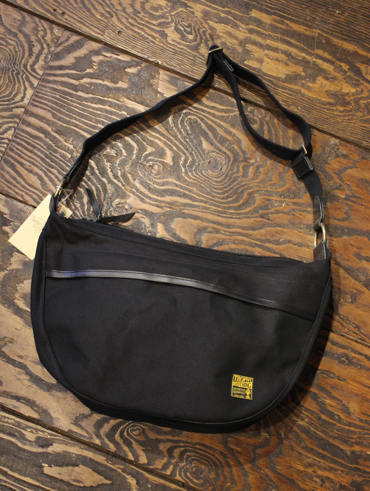 TROPHY CLOTHING  「Road Trip Bag」  ショルダーバッグ
