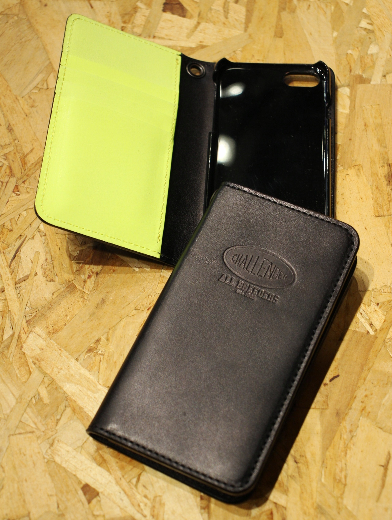 CHALLENGER  「LEATHER iPHONE CASE」  レザー iPhone 8 & Xケース