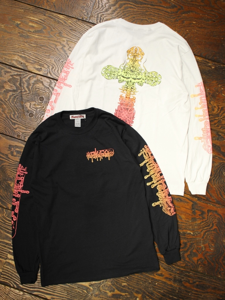 FUNNY FARM   「CROSS PRINT L/S T-SHIRT」   プリントロンティー