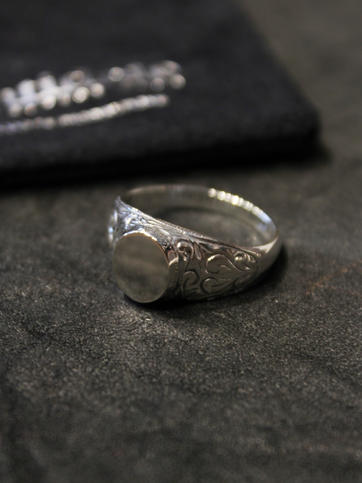 ANTIDOTE BUYERS CLUB by Cootie Productions  「 Signet Engraved Ring  」 SILVER950製 リング