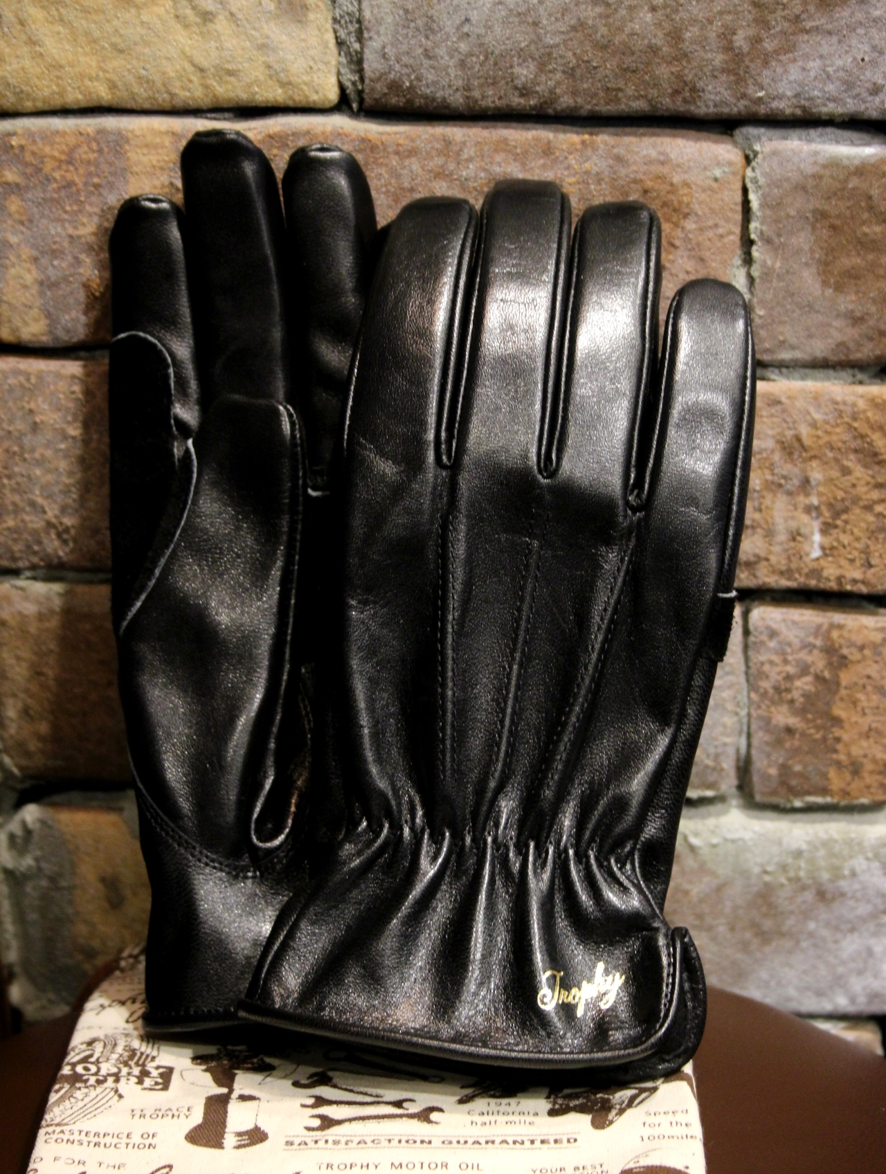 TROPHY CLOTHING  「Horse Motorcycle Gloves」  ホースハイド レザーグローブ