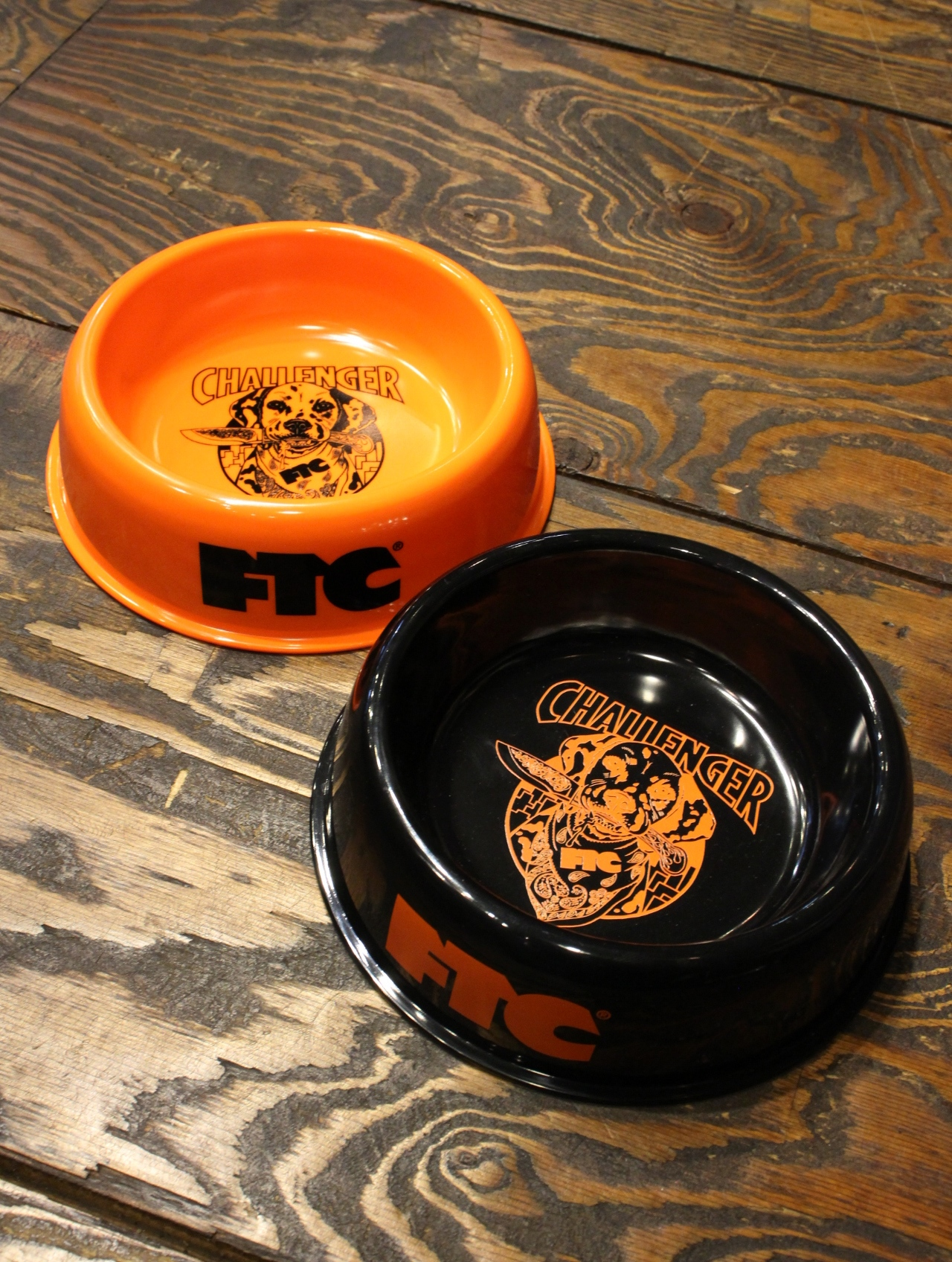 CHALLENGER × FTC   「DOGBOWL」 ドッグボウル