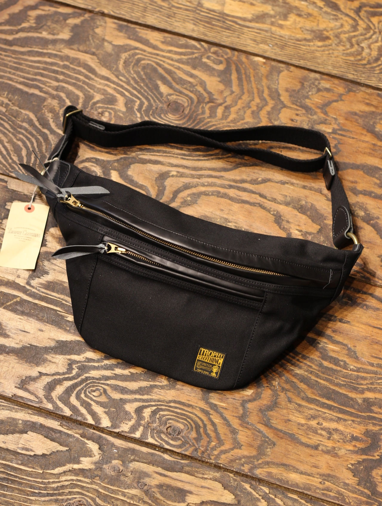 TROPHY CLOTHING  「Day Trip Bag」  ショルダーバッグ