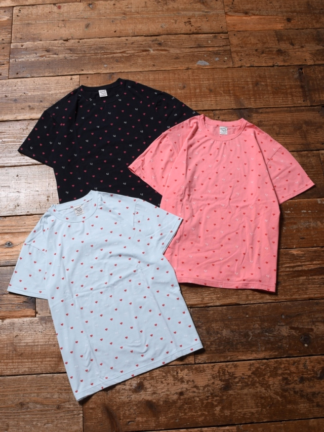 【Limited Item !!】  CALEE  「ALLOVER HEART PATTERN PRINT T-SHIRT 」    総柄ティーシャツ