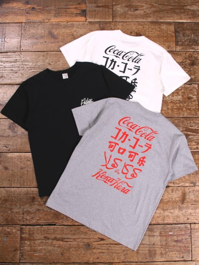 CALEE × COCA-COLA  「INTERNATIONAL LOGO T-SHIRT 」    プリントティーシャツ