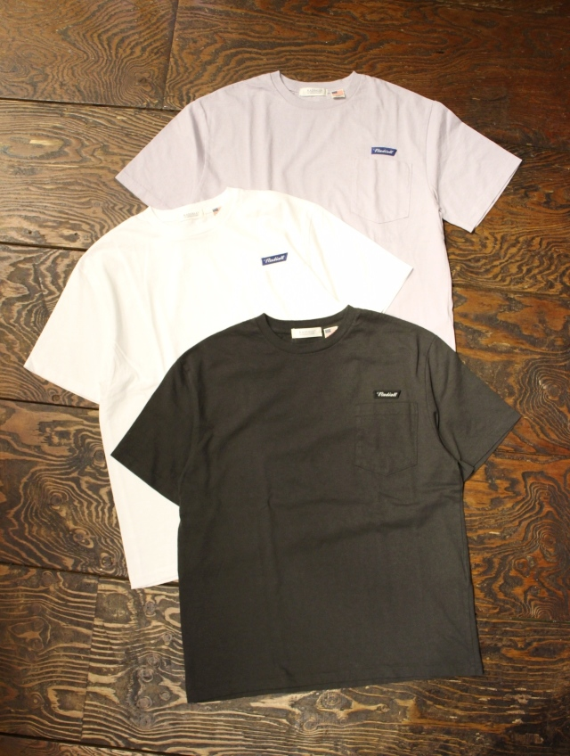 RADIALL    「FLAGS - CREW NECK POCKET T-SHIRT S/S」 ポケットティーシャツ