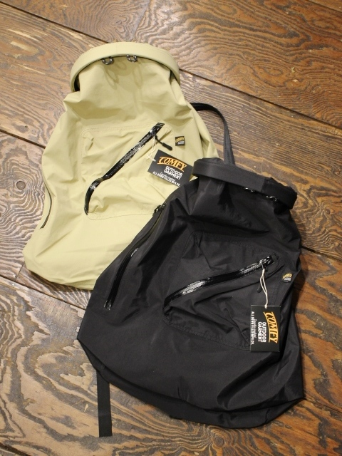 COMFY OUTDOOR GARMENT 「ROLL BACKPACK」 ロールバックパック
