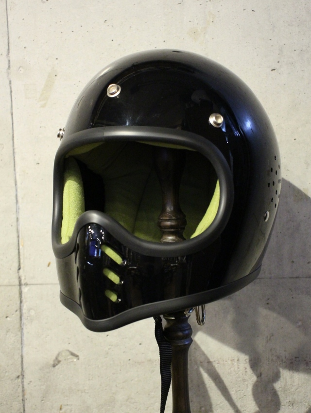 CHALLENGER   「DRILLED MX HELMET」 ヘルメット