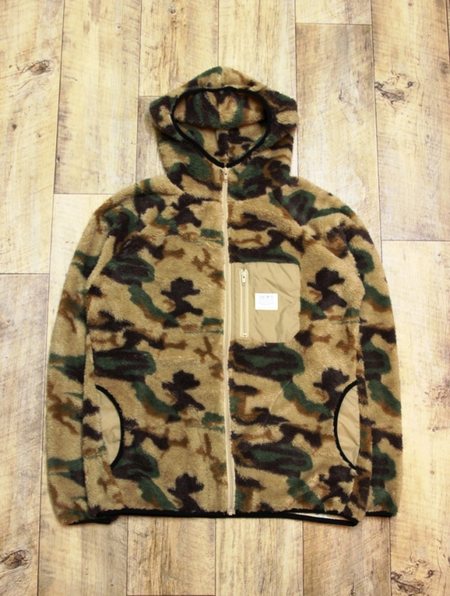 CAPTAINS HELM   「#CAMO FLEECE HOOD JACKET」   フリースフードジャケット