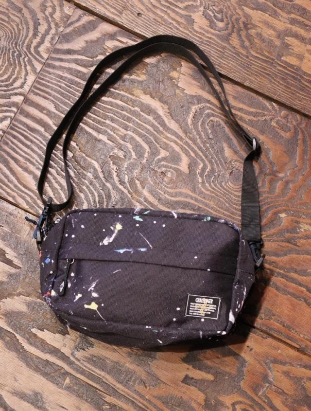 CHALLENGER  「PRINTED SHOULDER  BAG」  ショルダーバッグ