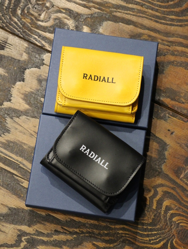 RADIALL    「PLAIN - TRIFOLD WALLET」  レザーウォレット