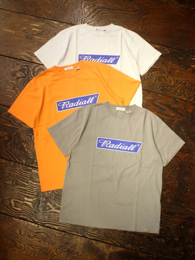 RADIALL    「FLAGS - CREW NECK T-SHIRT S/S」 プリントティーシャツ