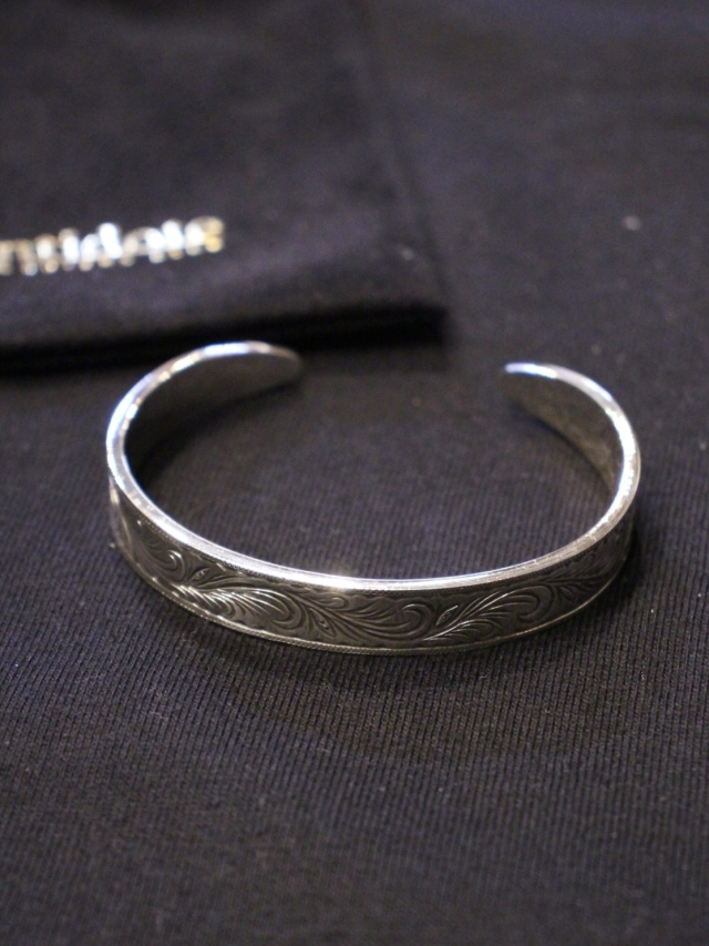 ANTIDOTE BUYERS CLUB by Cootie Productions   「Engraved Bangle」 SILVER950製 バングル